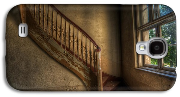 Steps In A Curve Galaxy S4 Case by Nathan Wright