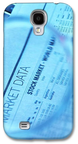 Stock Market Figures And Magnifying Glass Galaxy S4 Case by Tek Image