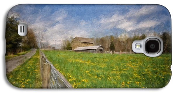 Stone Barn On A Spring Morning Galaxy S4 Case by Lois Bryan