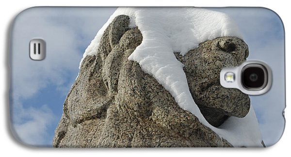 Stone Lion Covered With Snow Galaxy S4 Case by Matthias Hauser