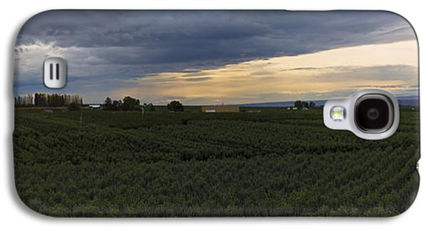 Storm Over The Yakima Valley Galaxy S4 Case by Mike  Dawson