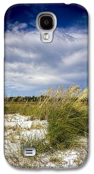 Sugar Sand And Sea Oats Bw Galaxy S4 Case by Marvin Spates