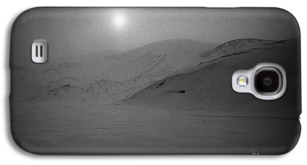 sun breaking through white out snowstorm whalers bay deception island Antarctica Galaxy S4 Case by Joe Fox