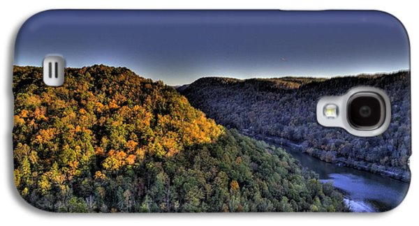 Galaxy S4 Case featuring the photograph Sun On The Hills by Jonny D