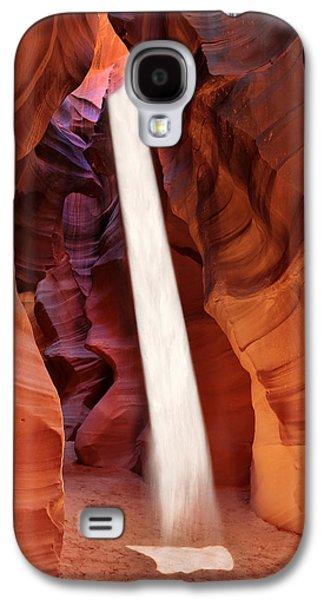 Sunbeam Upper Antelope Canyon Galaxy S4 Case by Robert Jensen