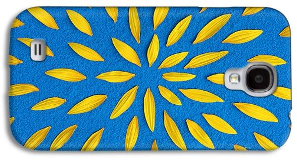 Sunflower Galaxy S4 Case - Sunflower Petals Pattern by Tim Gainey