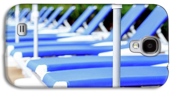 Sunloungers In A Row Galaxy S4 Case by Wladimir Bulgar