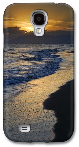Sunrays Over The Sea Galaxy S4 Case by Guido Montanes Castillo
