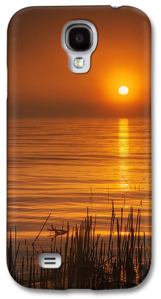 Sunrise Through The Fog Galaxy S4 Case by Scott Norris