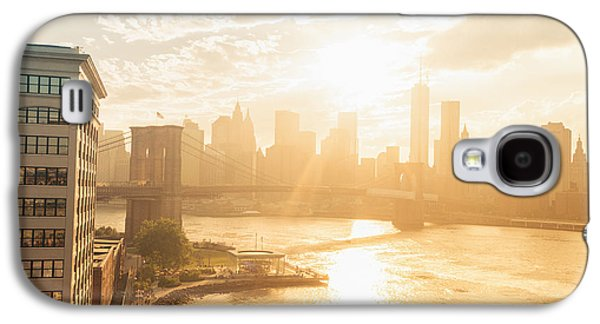 City Sunset Galaxy S4 Case - Sunset - Brooklyn Bridge - New York City by Vivienne Gucwa