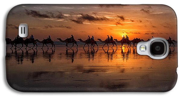 Camel Galaxy S4 Case - Sunset Camel Safari by Louise Wolbers