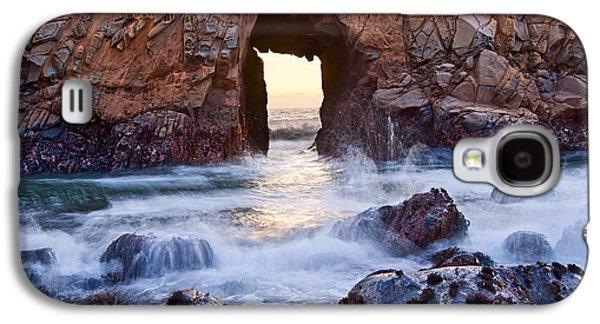 Sunset On Arch Rock In Pfeiffer Beach Big Sur California. Galaxy S4 Case by Jamie Pham