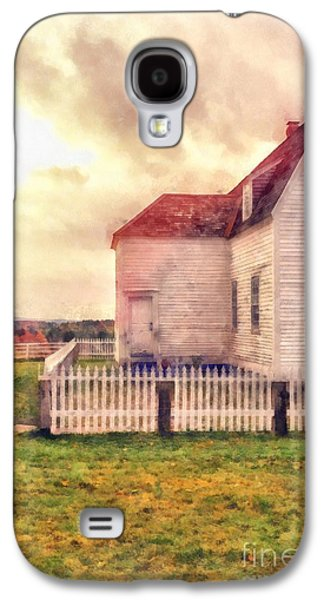 Sunset On The Old Farm House Galaxy S4 Case by Edward Fielding