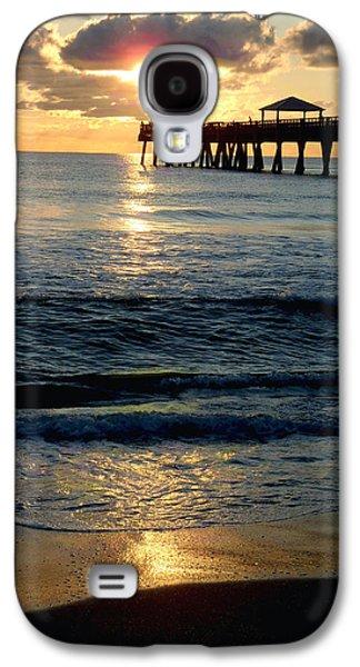 Sunset Pier Galaxy S4 Case