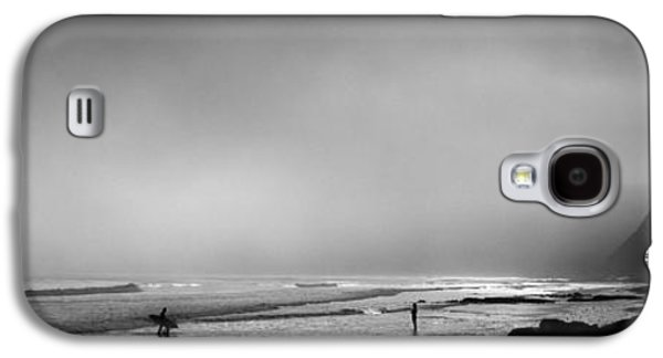 Surfers On The Beach, Point Reyes Galaxy S4 Case by Panoramic Images