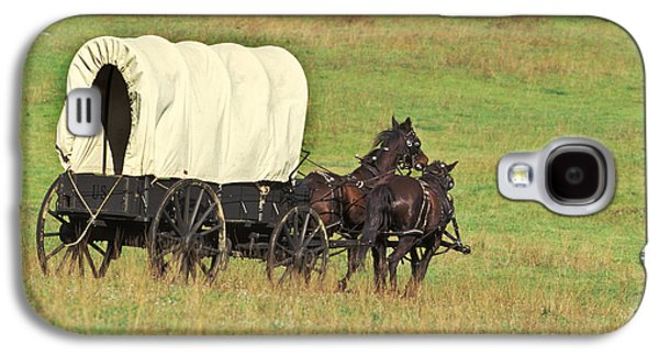 Team Of Horses Pulling A Covered Wagon Galaxy S4 Case by Ron Sanford