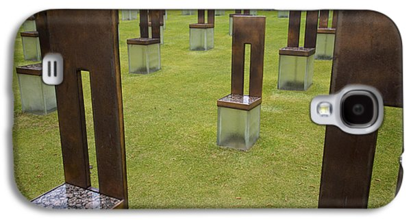 The Child's Chair Oklahoma City Memorial Galaxy S4 Case by Mary Lee Dereske