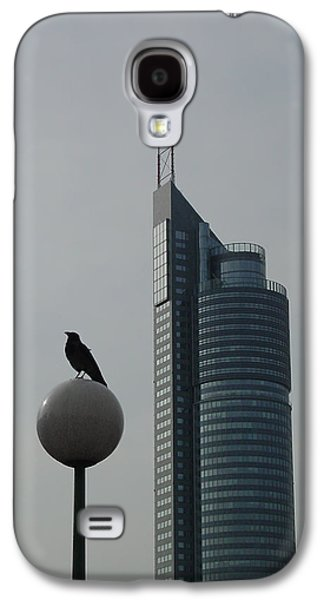 The Crow And The Milleniumtower In Winter Galaxy S4 Case