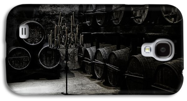 The Dark Atmosphere Of An Old Wine Cellar Galaxy S4 Case