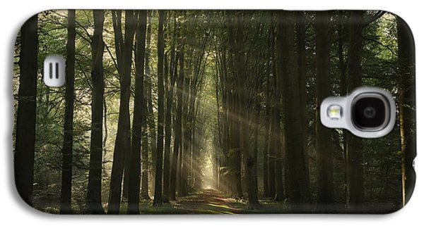 The Essential Galaxy S4 Case