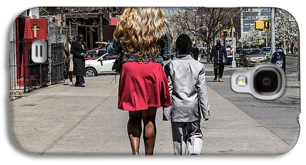 Harlem Galaxy S4 Case - The Lady And Her Gentleman by Pablo Abreu