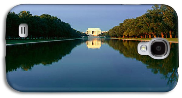 The Lincoln Memorial At Sunrise Galaxy S4 Case by Panoramic Images