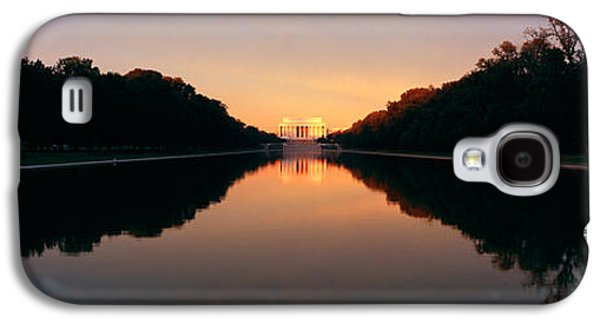 The Lincoln Memorial At Sunset Galaxy S4 Case by Panoramic Images
