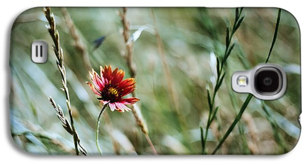 The Lonely Flower Galaxy S4 Case by Linda Unger