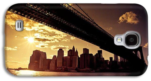 City Sunset Galaxy S4 Case - The New York City Skyline - Sunset by Vivienne Gucwa