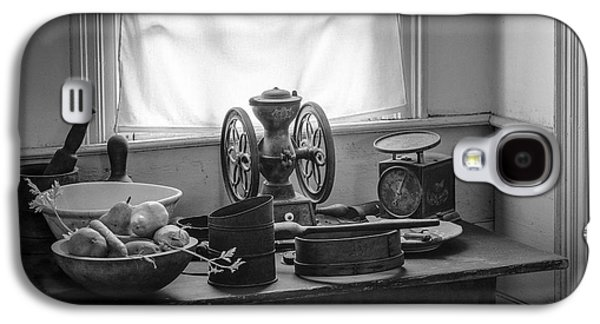 The Old Table By The Window - Wonderful Memories Of The Past - 19th Century Table And Window Galaxy S4 Case by Gary Heller