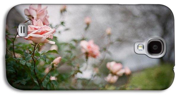 The Rose Garden Galaxy S4 Case by Linda Unger