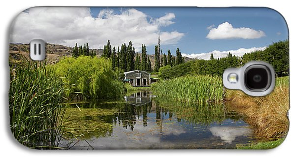 The Shed And Pond, Northburn Vineyard Galaxy S4 Case by David Wall