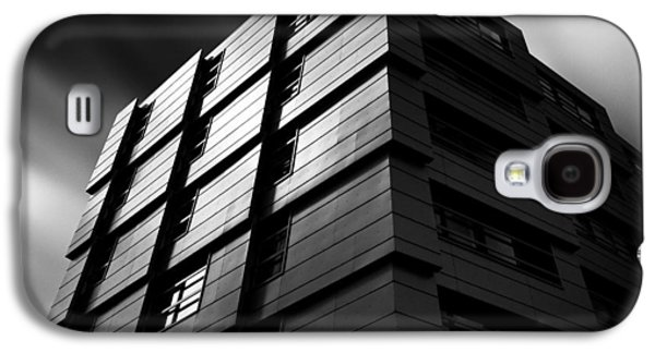 City Scenes Galaxy S4 Case - The Wave by Dave Bowman