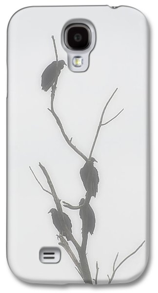 Their Waiting Four Black Vultures In Dead Tree Galaxy S4 Case by Chris Flees