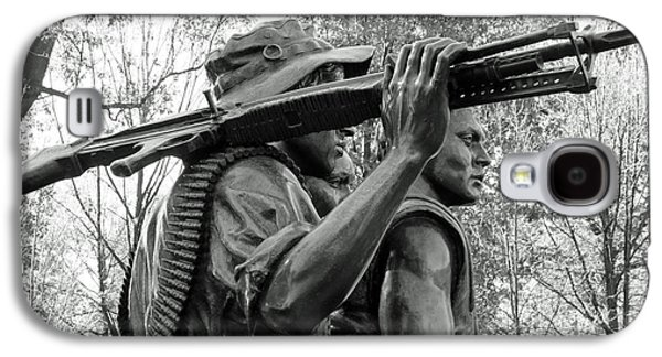 Three Soldiers In Vietnam Galaxy S4 Case by Cora Wandel