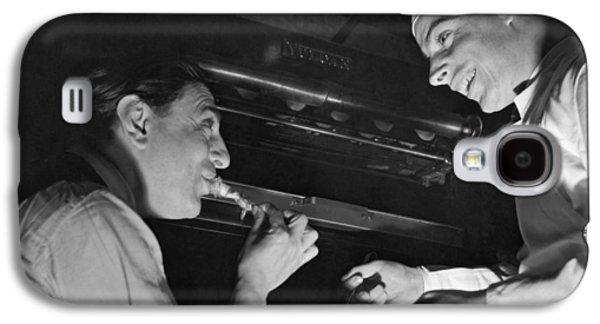 Tito Schipa Samples Dimaggio's Galaxy S4 Case by Underwood Archives