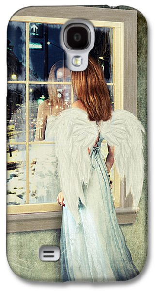 Too Cold For Angels Galaxy S4 Case by Linda Lees