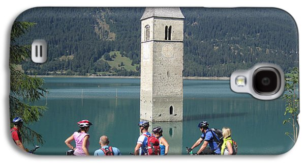 Tower In The Lake Galaxy S4 Case by Travel Pics