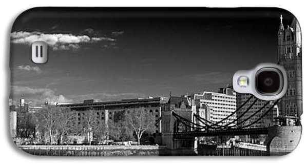 Tower Of London And Tower Bridge Galaxy S4 Case