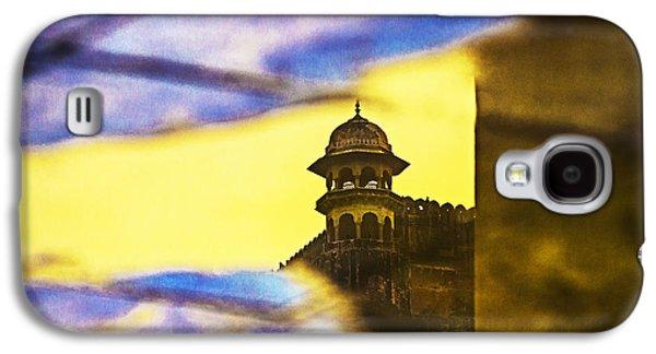 Tower Reflection Galaxy S4 Case by Prakash Ghai