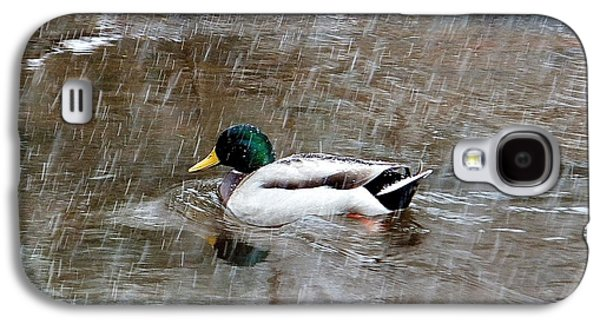 Galaxy S4 Case featuring the photograph Un Froid De Canard by Marc Philippe Joly