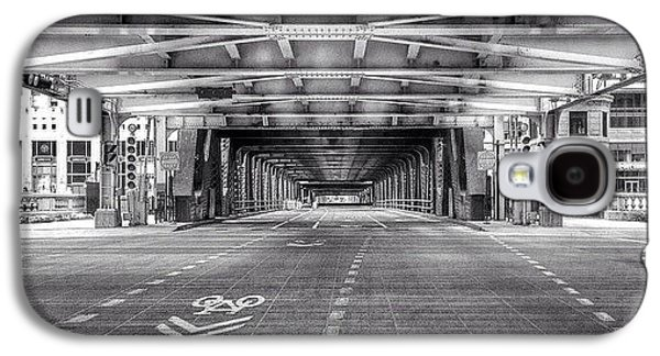 City Galaxy S4 Case - Chicago Wells Street Bridge Photo by Paul Velgos