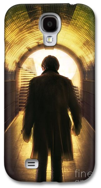 Underpassing Man Galaxy S4 Case by Carlos Caetano