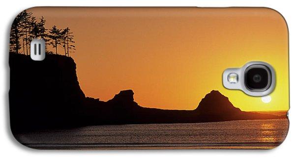 Usa, Oregon, Astoria, Sunset, Sunset Galaxy S4 Case by Gerry Reynolds