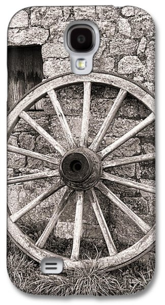 Wagon Wheel Galaxy S4 Case by Olivier Le Queinec