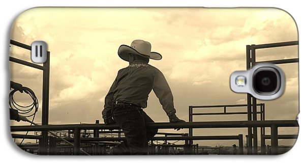 Waiting To Ride Galaxy S4 Case by Feva  Fotos