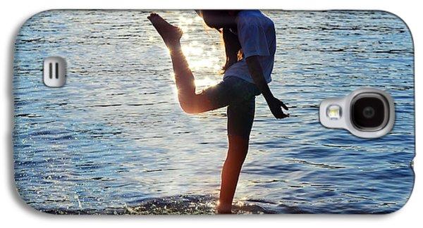 Water Dancer Galaxy S4 Case by Laura Fasulo