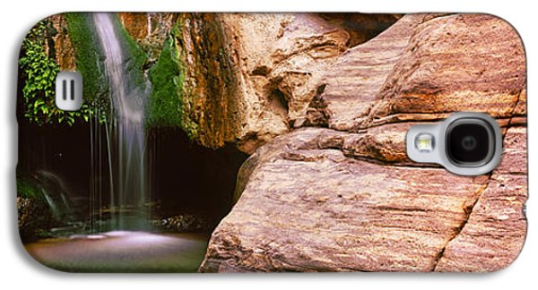 Waterfall Rushing Through The Rocks Galaxy S4 Case