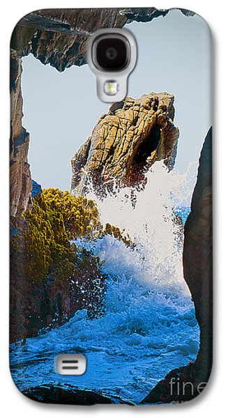 Wave Through The Cave At Pfiffer Beach In Big Sur Galaxy S4 Case by Artist and Photographer Laura Wrede