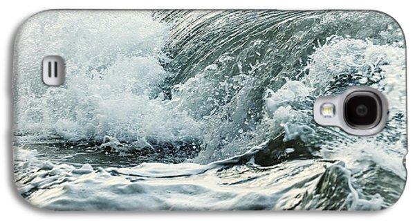 Waves In Stormy Ocean Galaxy S4 Case